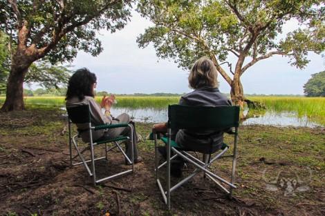kulu-pair-seated-lake-view-solitude-jan16-wm-br